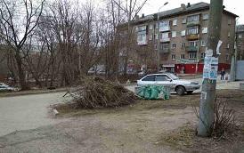 Уборка придомовых территорий по адресам: ул. Волховская, 23 и ул. Кронита, 13